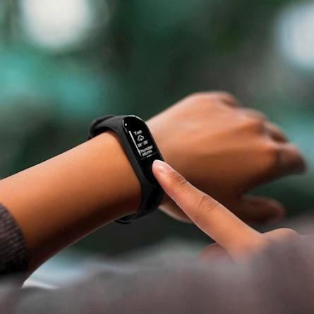 Изображение Фитнес браслет Xiaomi Mi Band 3 Black - изображение 4